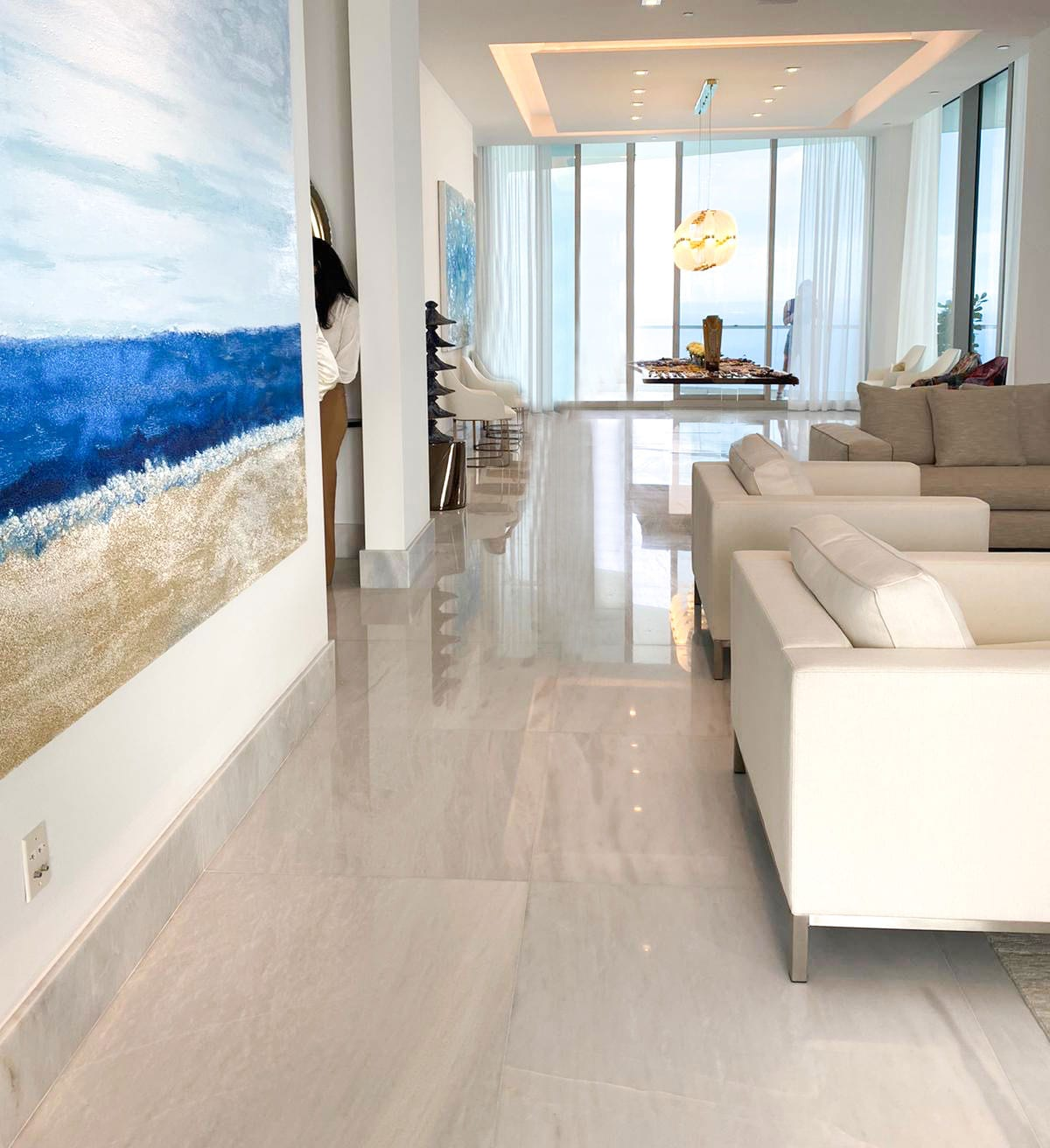 Stoneline-Group-Tile-Collection-Marble-Tiles-Dione-White-livingroom-floor-performance-picture-2