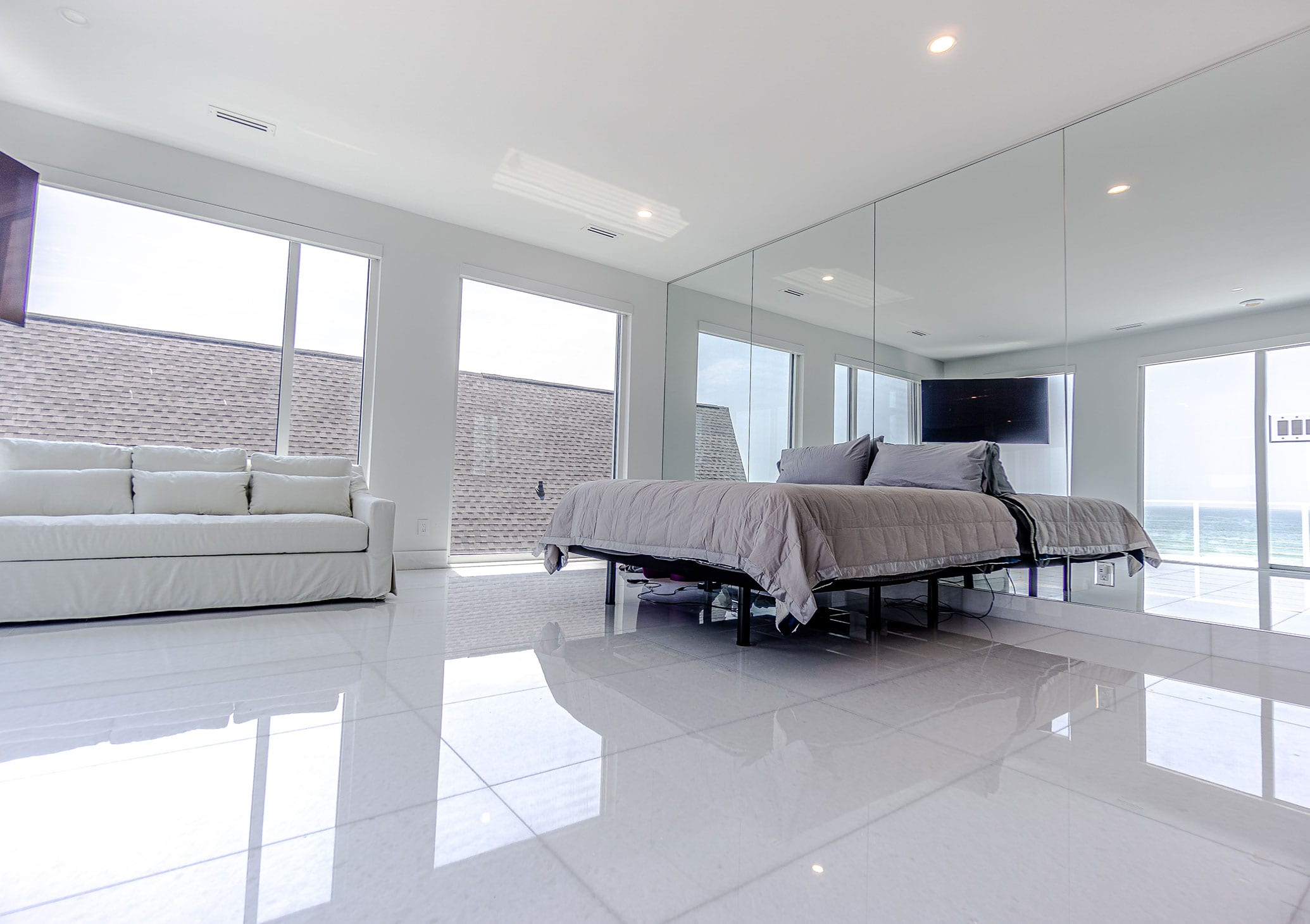 Stoneline-Group-Diamond-White-Marble-Florida-Marble-Collection-Marble-Tile-Hotel-room-deluxe-room-Design-2