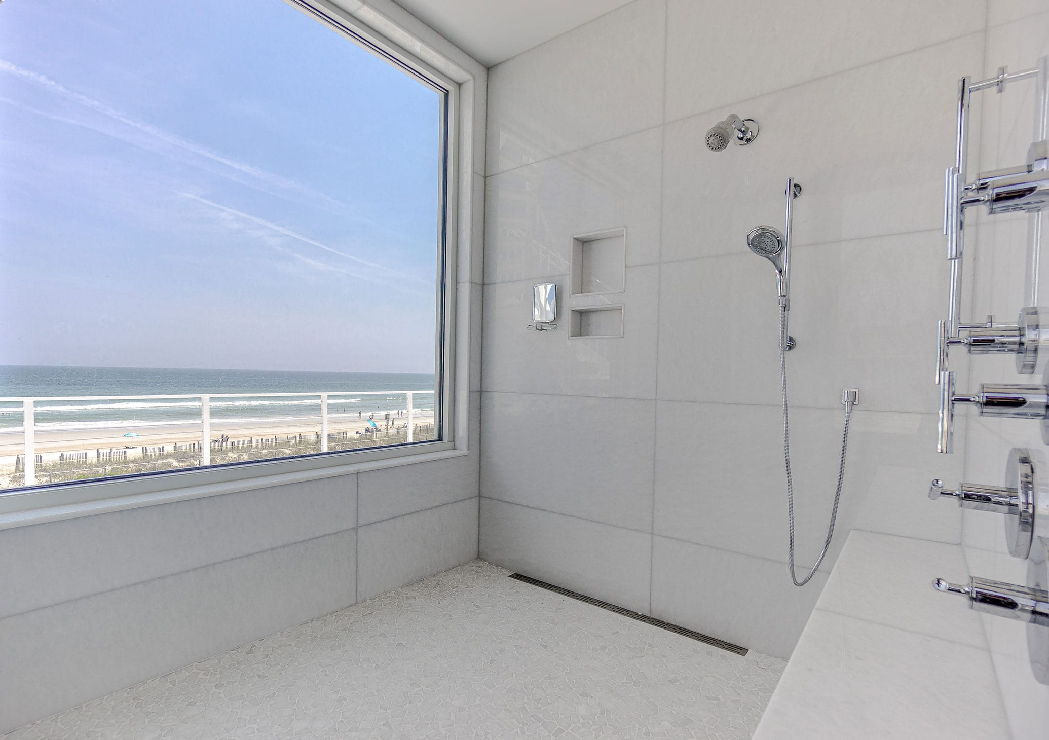 Stoneline-Group-Diamond-White-Marble-Florida-Marble-Collection-Marble-Tile-Shower-Design-1