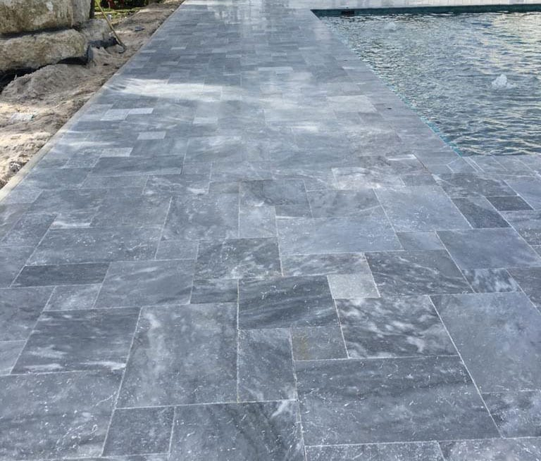 Stoneline-Group-Tahoe-Travertine-Marble-Collection-Marble-Leathered-Paver-walkway-pool-deck-Pictures